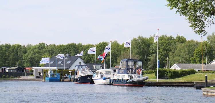 Passantenplekken bij Allround Watersport Meerwijck