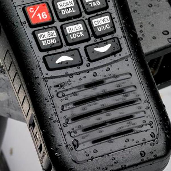 VHF-SX-400-IPX7-MET-FLASH-EN-ALARM-bij-Allround-Watersport_2